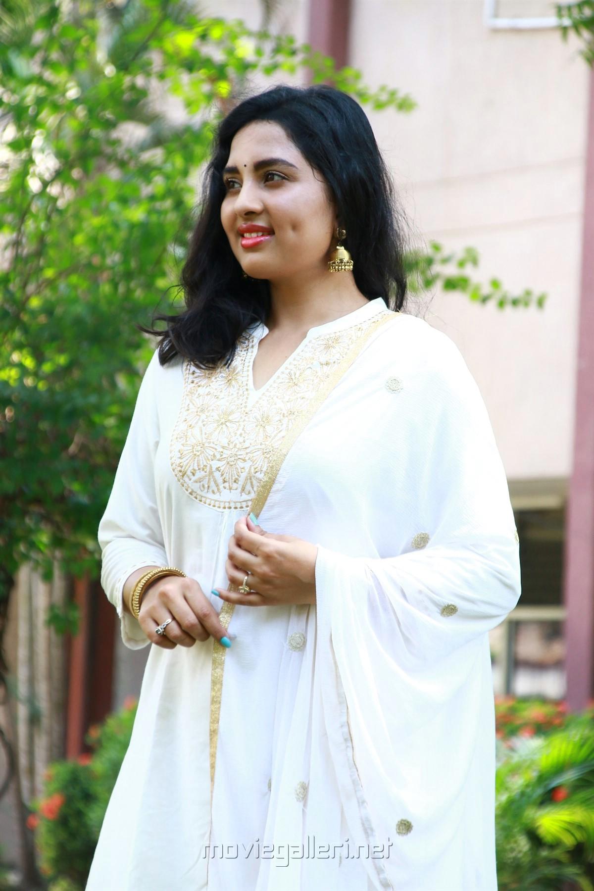 Arjuna Movie Actress Srushti Dange New HD Images