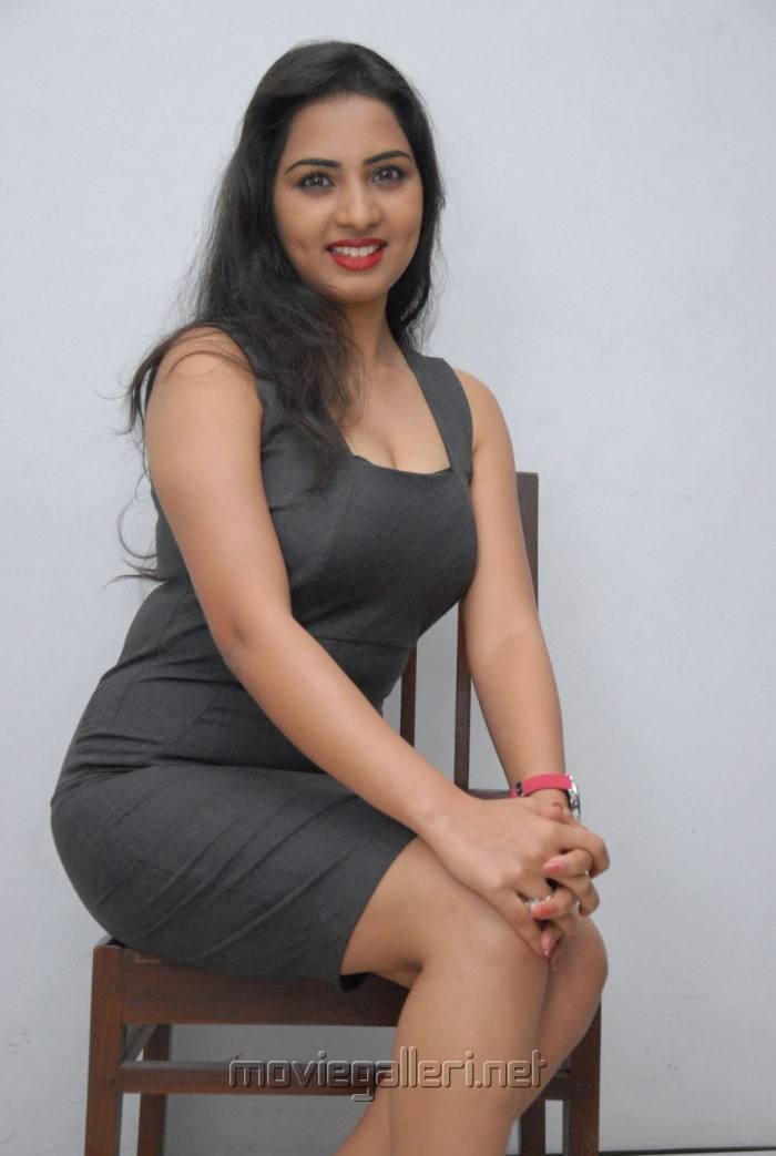 Picture 413345  Actress Srushti Dange in Short Dress Hot ...