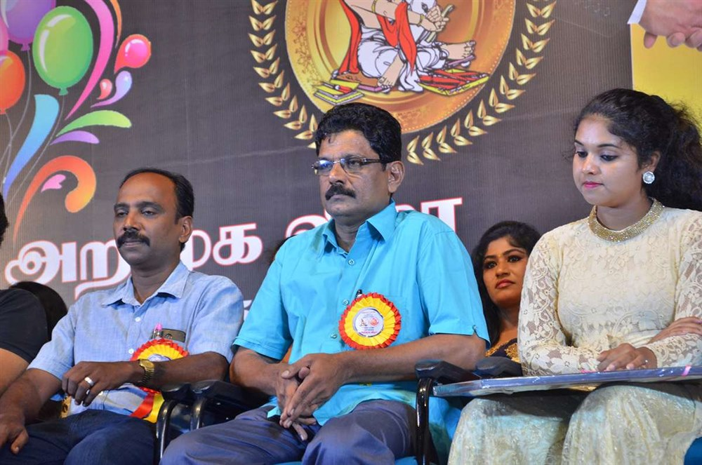 Standard Gift Boxes Launch Stills