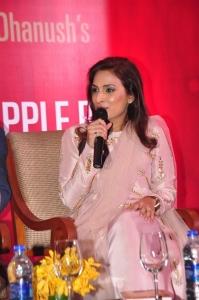 Aishwarya Dhanush Standing on an Apple Box Book Launch Hyderabad Stills