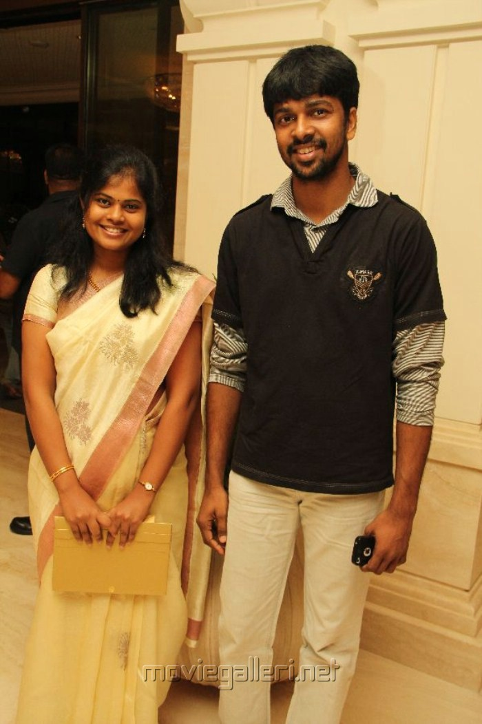picture 227715 madhan karky with wife nandhini at sneha