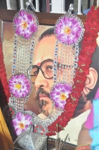 Stars pay tribute to Vaali Photos