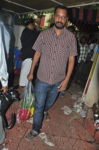 Na.Muthukumar pay tribute to Vaali Photos