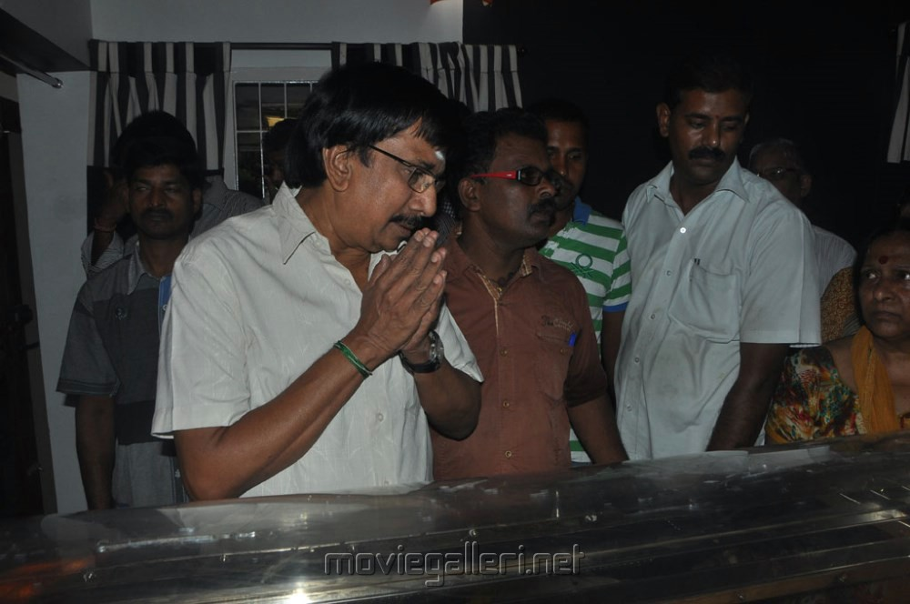 Picture 517234 | Chitra Lakshmanan pay tribute to Vaali ...