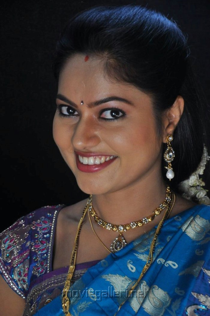 Telugu Actress Suhasini Blue Saree Images Rough Movie