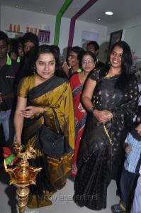 Suhasini Mani Ratnam inaugurates 97th Green Trends Salon Stills