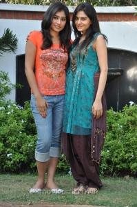 Archana, Vibha Natarajan in Summa Nachunu Iruku Photos
