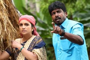 Ammu, Kadhal Sukumar in Summave Aaduvom Movie Stills