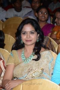 Telugu Singer Sunitha Cute Photos in Saree