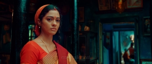 Actress Gayathrie Shankar in Super Deluxe Movie HD Images