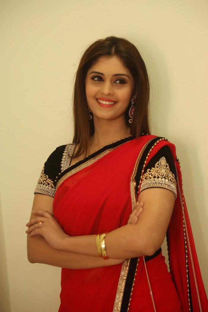Surabhi Express Raja Actress Ward