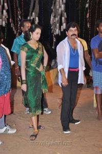 Abhinayasri, Srinivasan at Sutta Pazham Sudatha Pazham Movie Shooting Spot Stills