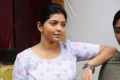 Actress Athulya Ravi in Suttu Pidikka Utharavu Movie Stills HD