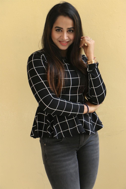 Actress Swati Dixit Pics @ Kaliyuga Movie Press Meet