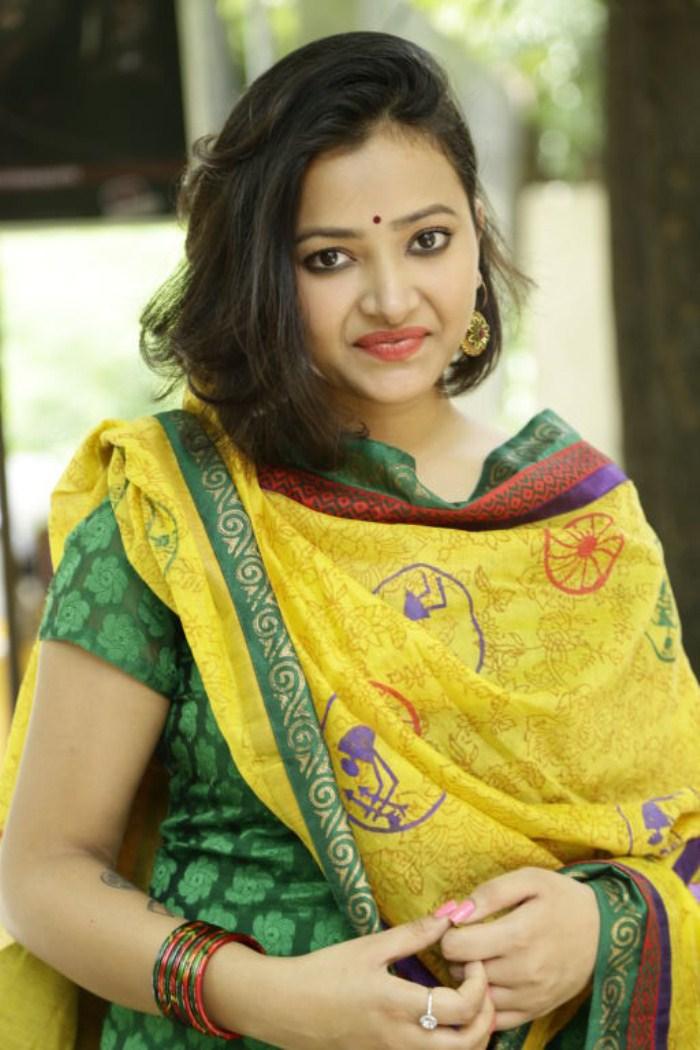 Picture 288774 | Cute Swetha Basu Prasad in Churidar Photos | New ...