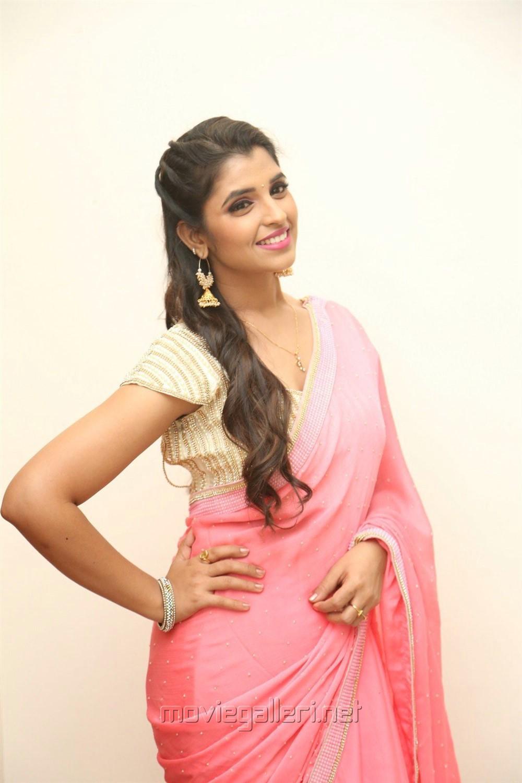 Anchor Shyamala New Pics @ Aravinda Sametha Success Meet