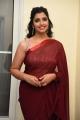 Anchor Syamala Red Saree Stills @ Thellavarithe Guruvaram Pre Release