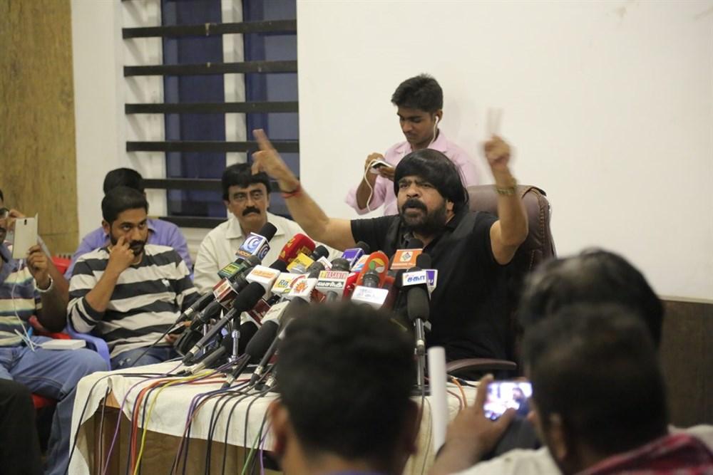 T Rajendar Press Meet on Jallikattu Issue Photos