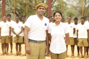 Vikram Prabhu, Anjali Nair in Taanakkaran Movie Stills