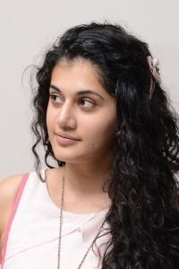 Telugu Actress Taapsee Photos