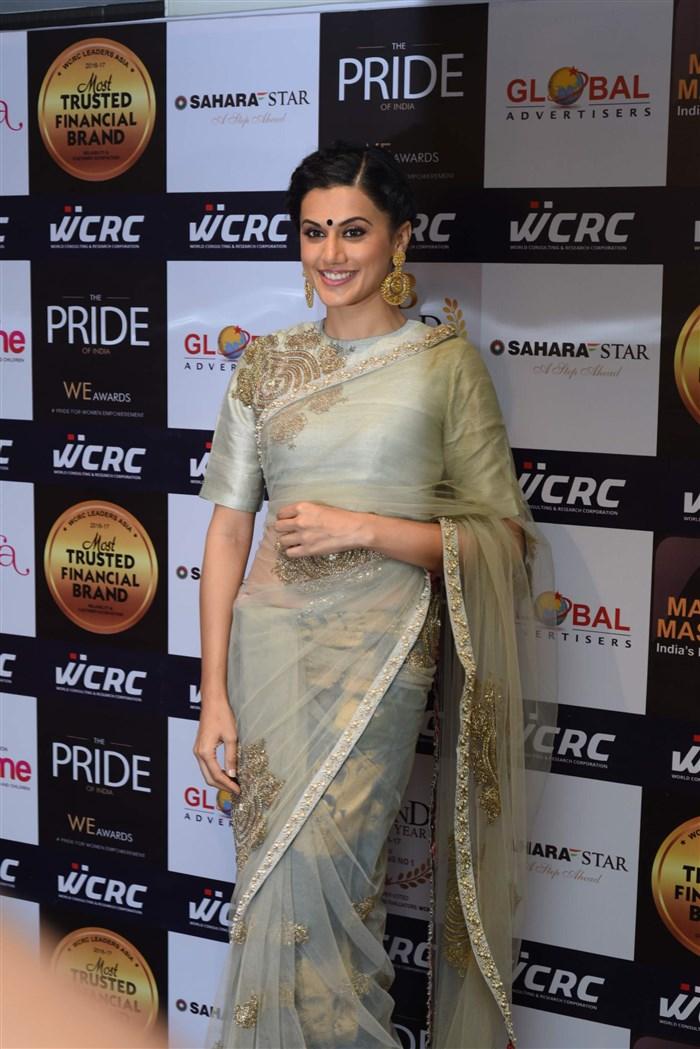 Actress Taapsee Pannu Saree Stills @ Lakshyam Fashion Show