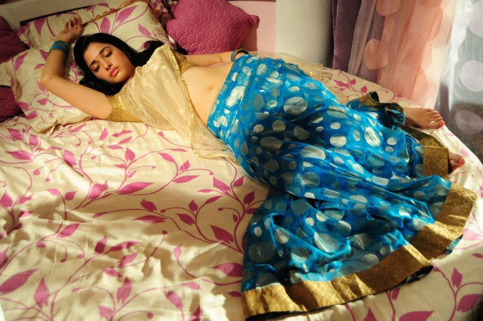 Tamanna 100% Love Hot Stills Images Pictures