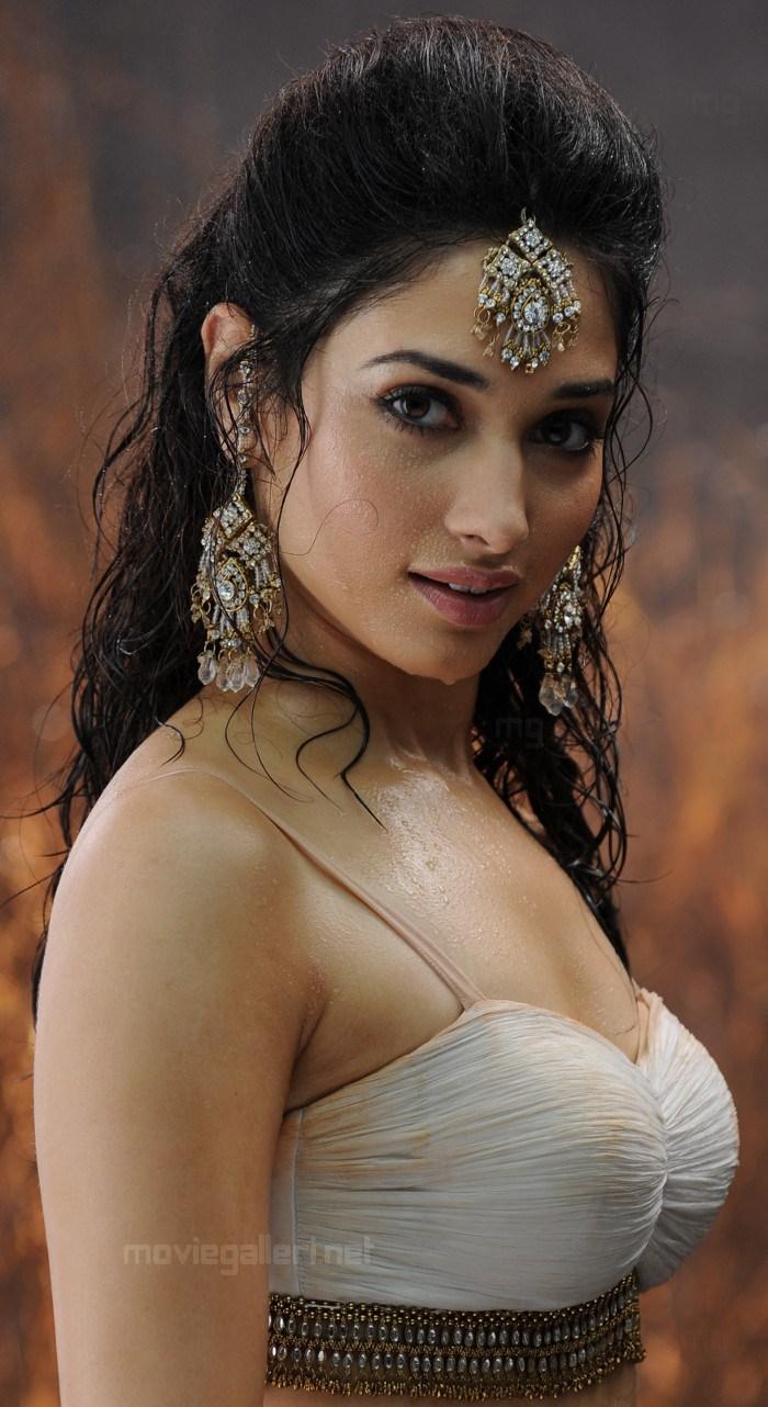 Tamanna Films: BADRINATH TAMANNA HD « HD Wallpaper For Actress-Actor