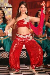 Racha Dillaku Dillaku Song Tamannah Hot Images