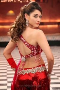 Actress Tamanna Hot Images in Racha Dillaku Dillaku Song