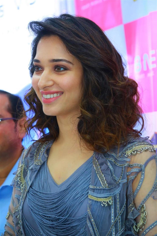 Actress Tamanna launches B New Mobile Store @ Karimnagar Photos