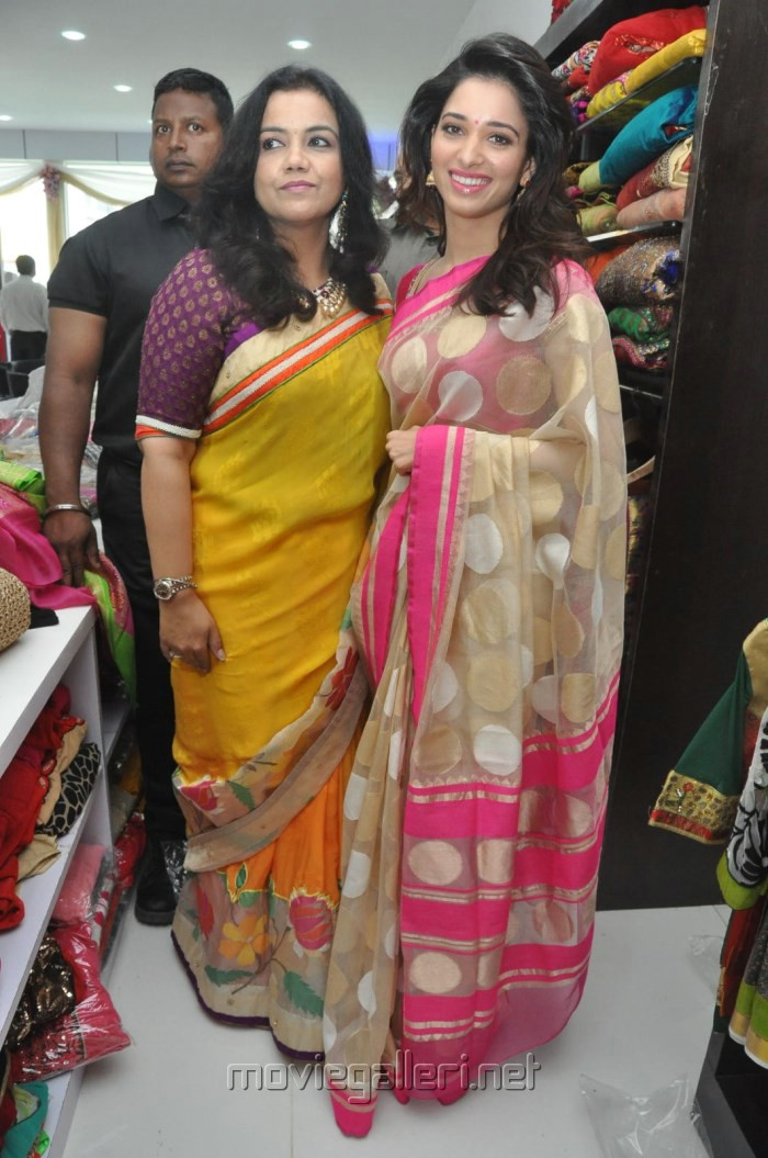 Tamanna launches Trisha a Trendy wish by Amrita Mishra