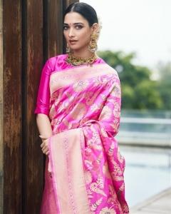 Actress Tamanna Recent Photoshoot Pictures