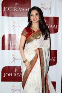 Tamil Actress Tamanna White Silk Saree Beautiful Photos
