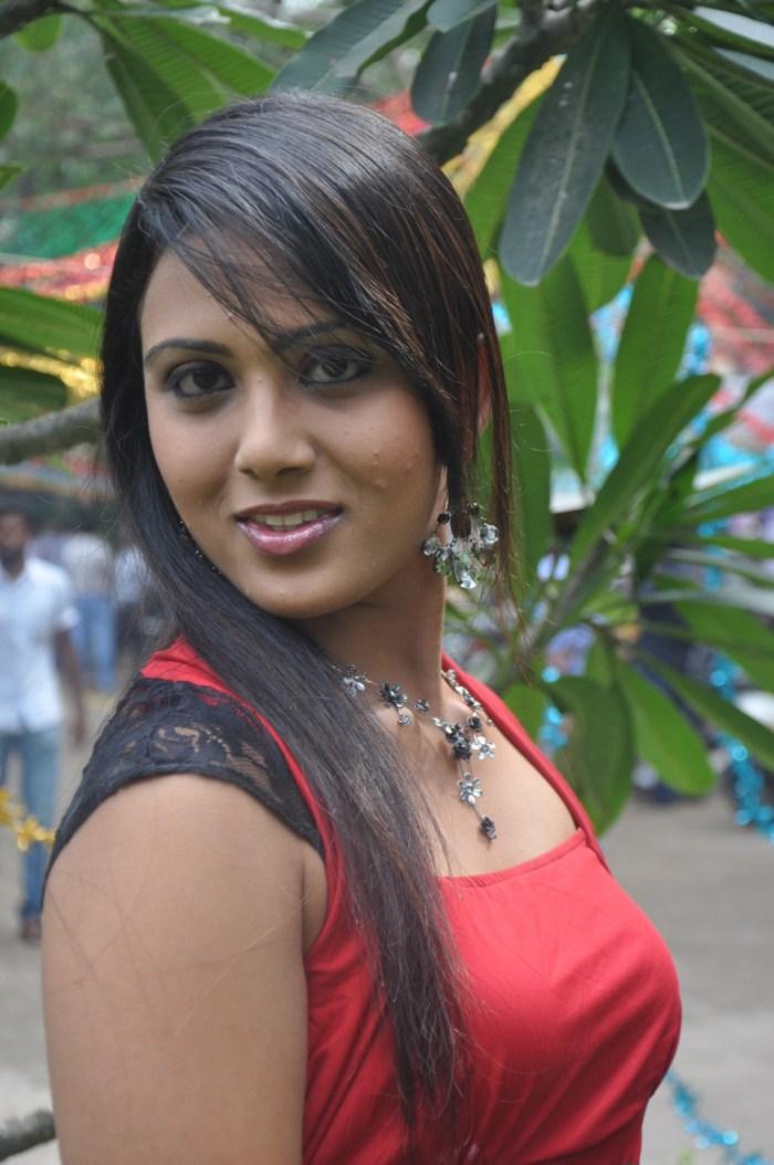 Picture 137086 | Vachathi Movie Actress Darshana Hot