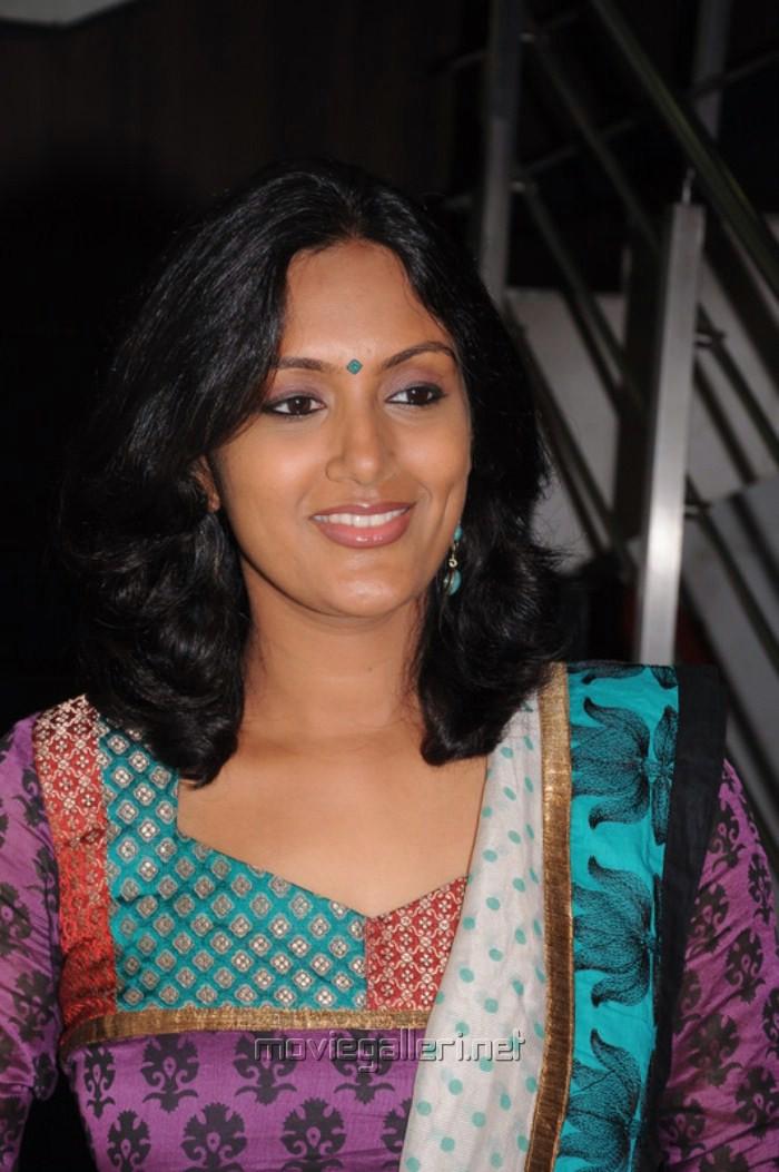 Devadarshini: Devadarshini Tamil Actress