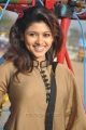 Oviya Cute Smile Pictures