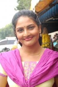 Tamil Actress Rathula Pics