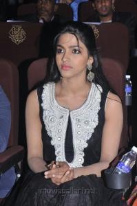 Actress Dhanshika at Tamil Edison Awards 2013 Photos