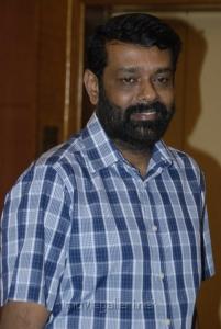 Director Vasanth at Tamil Pesum Kadhanayagi Press Meet Photos