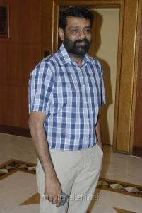 Director Vasanth at Tamil Pesum Kadhanaayagi Press Meet Photos