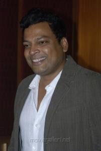 Actor John Vijay at Tamil Pesum Kadhanayagi Press Meet Photos