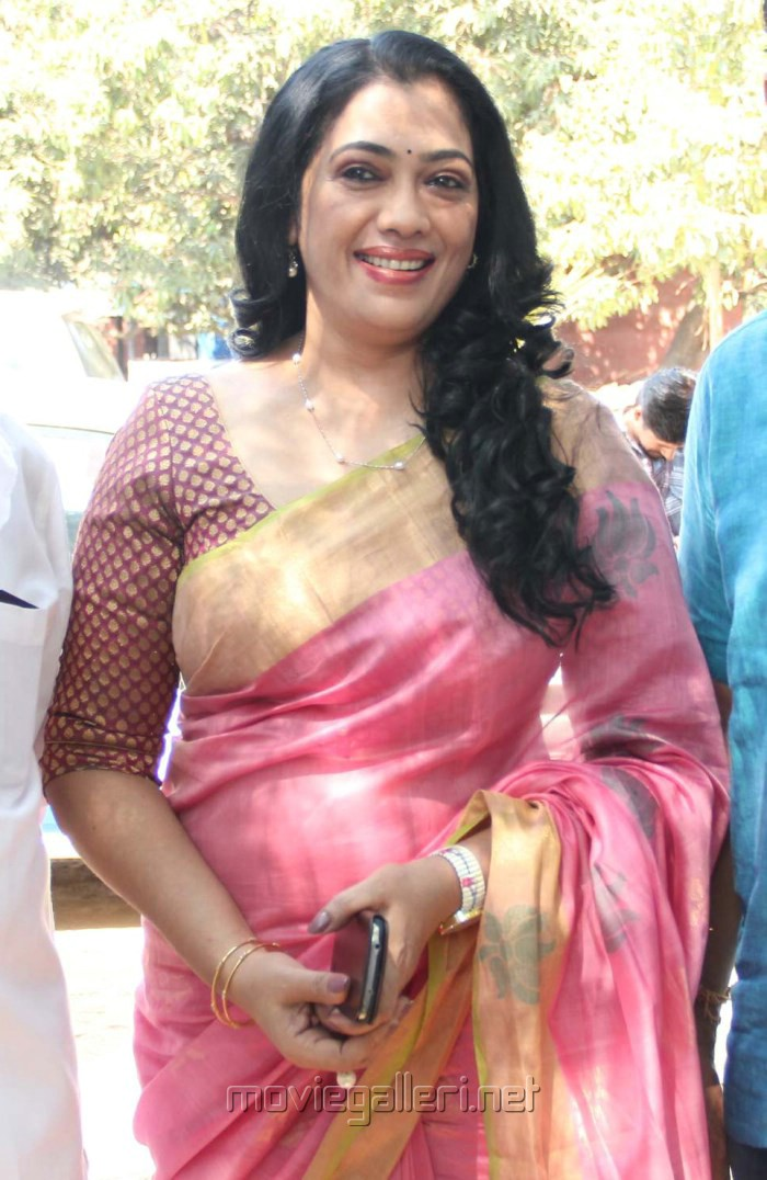 Picture 853585 | Tamil Actress Rekha Josephine in Saree