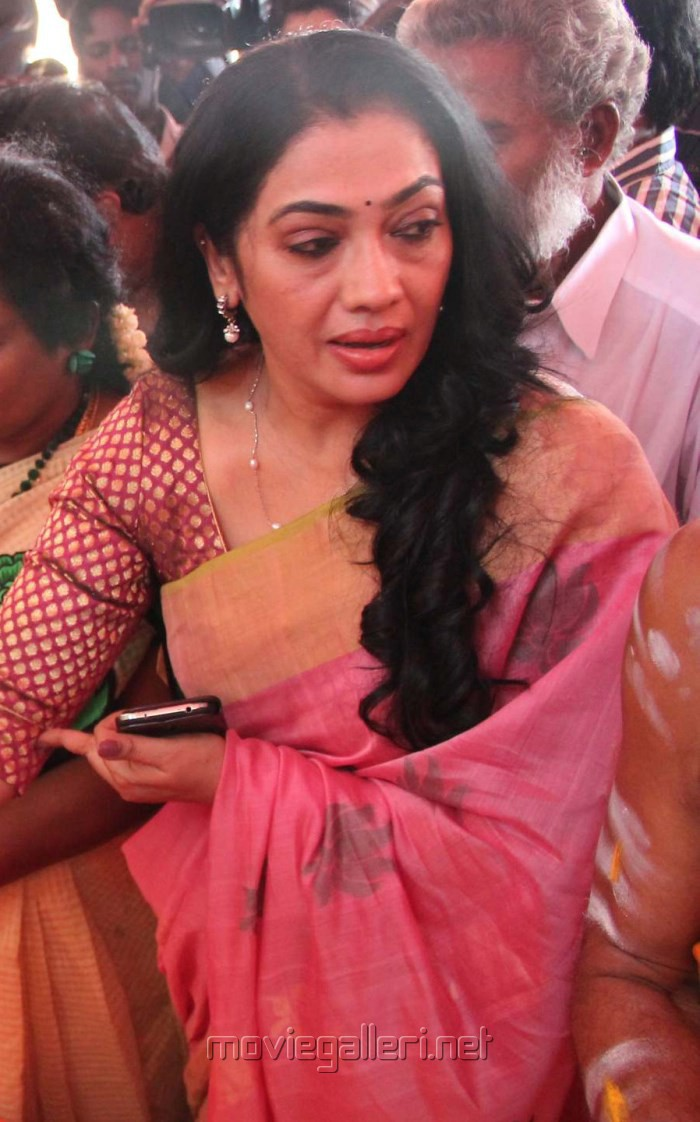 picture 853591 tamil actress rekha josephine in saree