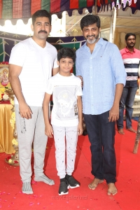Vijay Antony, Pranav Mohan, Mohan Raja @ Tamilarasan Movie Pooja Stills