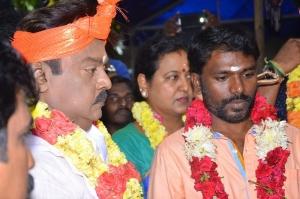 Vijayakanth, Arun Ponnambalam @ Tamizhan Endru Sol Movie Pooja Stills