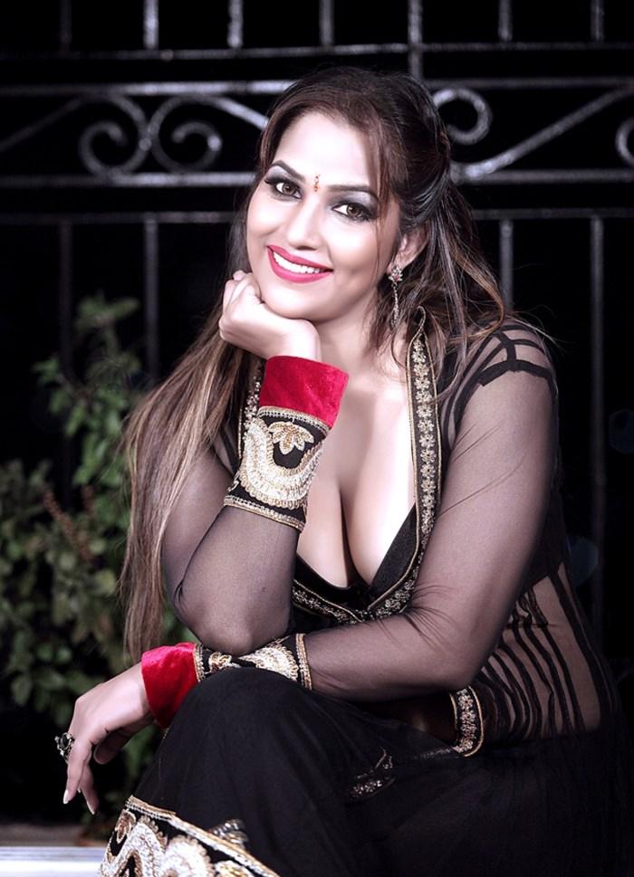 Tanisha Singh Spicy Stills - Photo 37 of 37