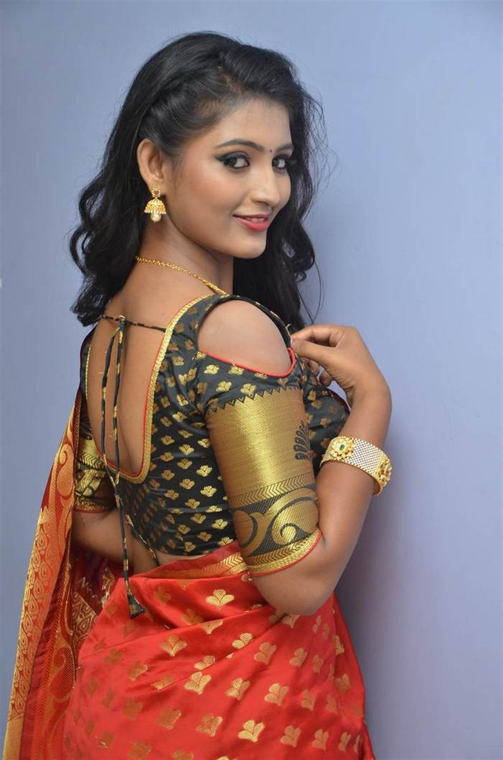 Actress Tanushka in Red Saree Photos