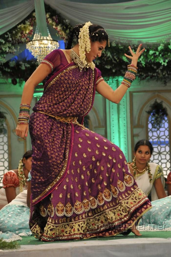 Actress Tapsee Pannu in Traditional Saree Photos