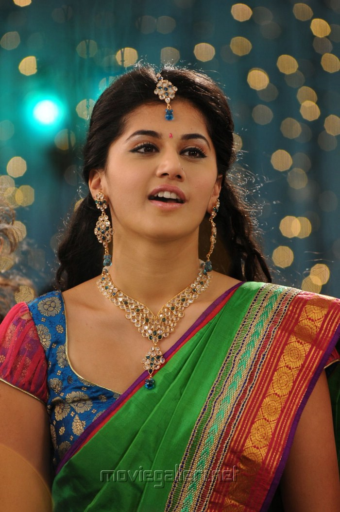 Slideshow for Telgu Tapsi Actress In Nude Nude size all