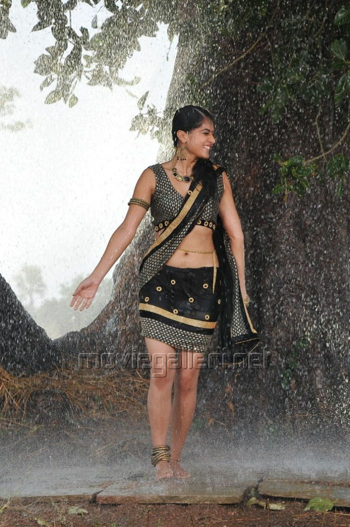 Picture 113388 | Tapsee Hot Wet Spicy Pics | New Movie Posters